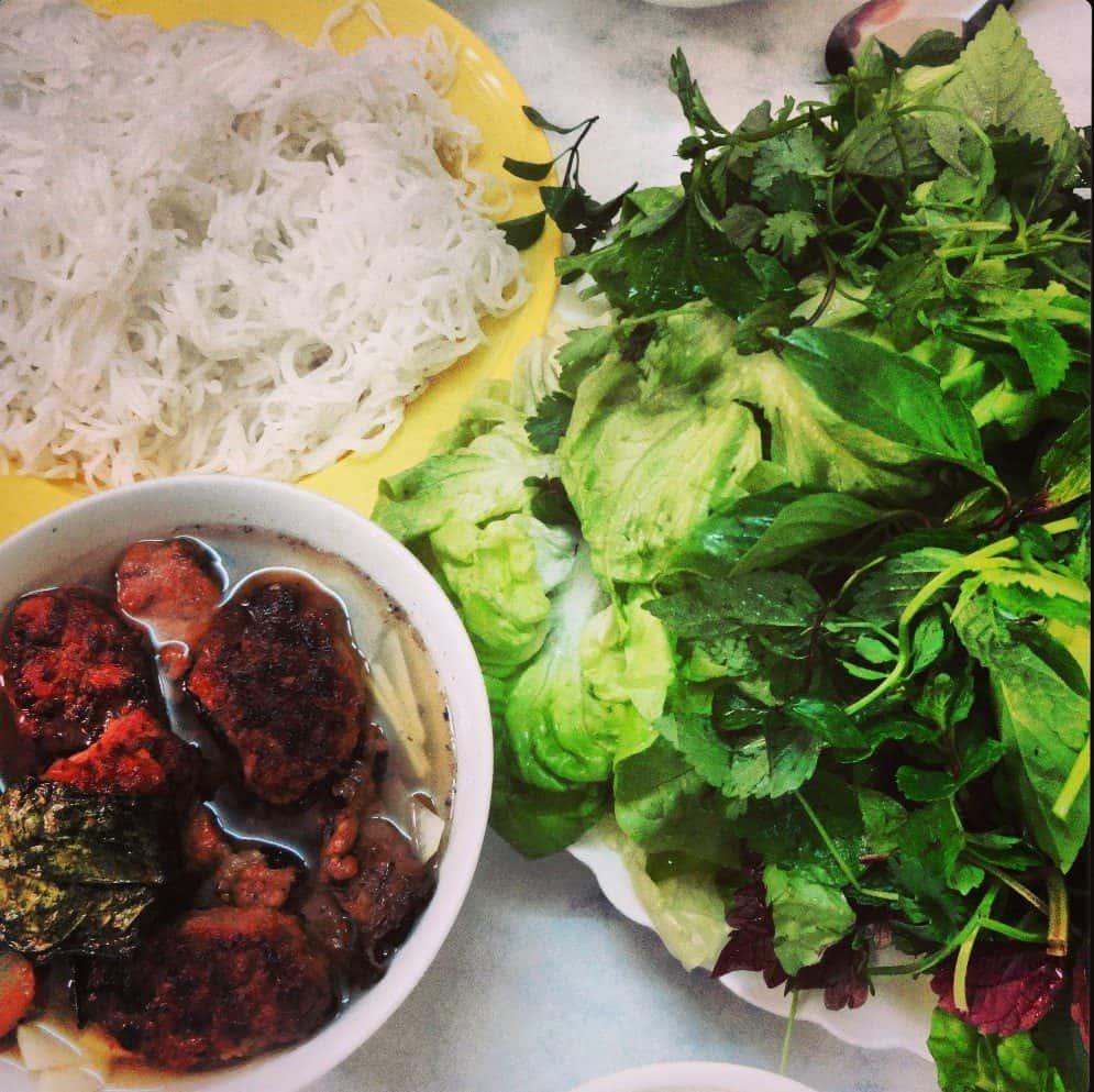 Vietnamese food bun cha