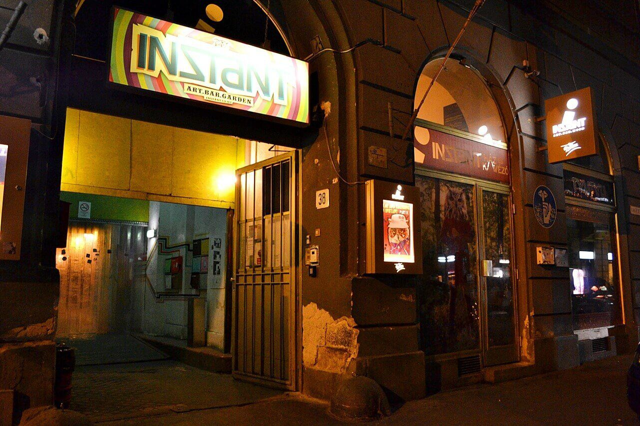 Budapest ruin bar best things to do in Budapest